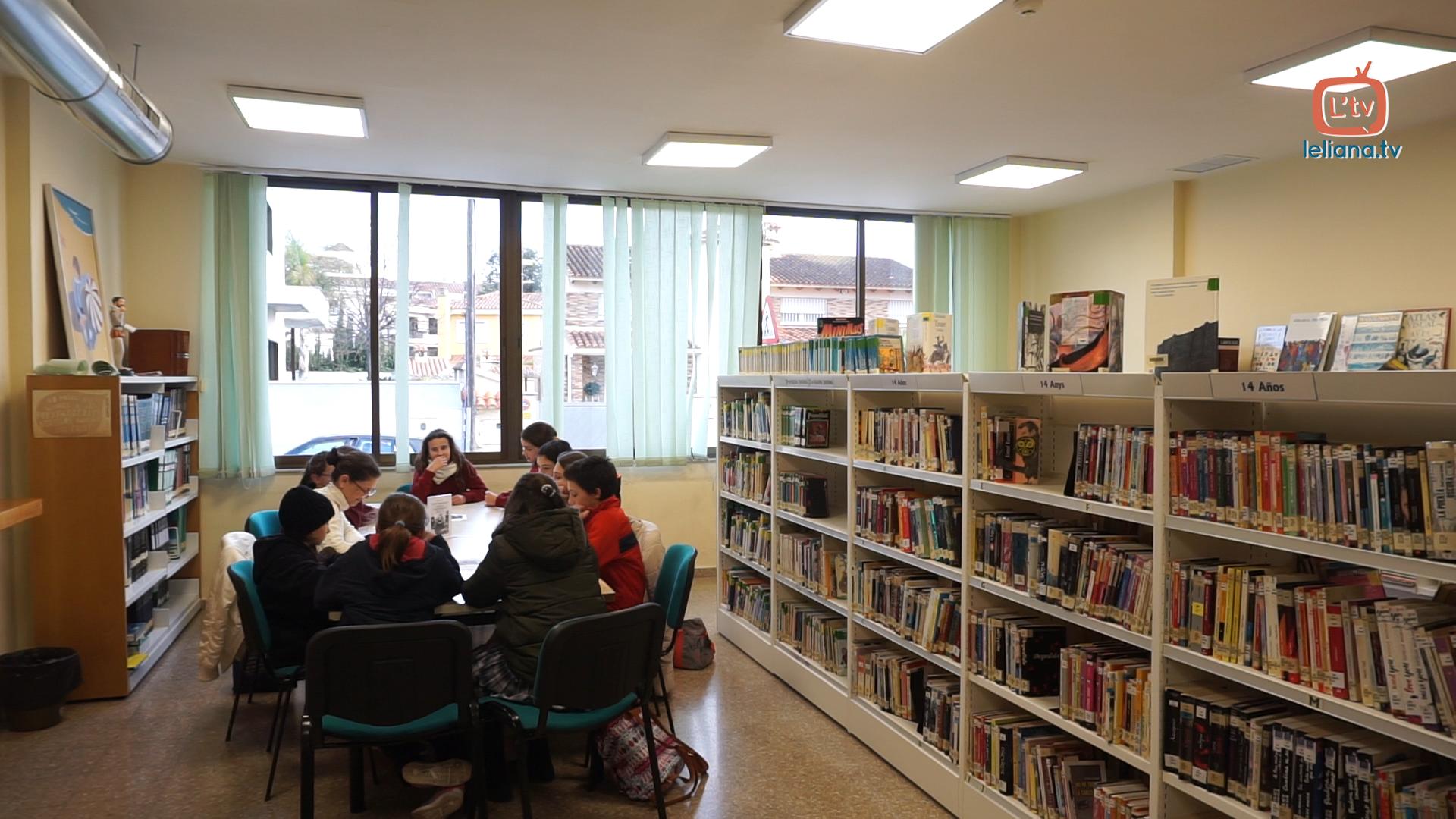 Naix el club de lectura juvenil l 39 eliana tv - Biblioteca l eliana ...